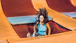 Instructies en toezicht trampolineparken voor verbetering vatbaar
