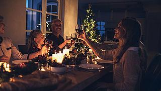 Kwart Nederlanders niet van plan om zich aan coronaregels te houden met kerst