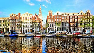 Amsterdam stijgt drie plaatsen op ranglijst huisprijsbubbel