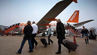 Handbagage moet onverwacht in bagageruim: mag dat?
