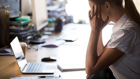 Meer druk op vaste werknemers door coronacrisis
