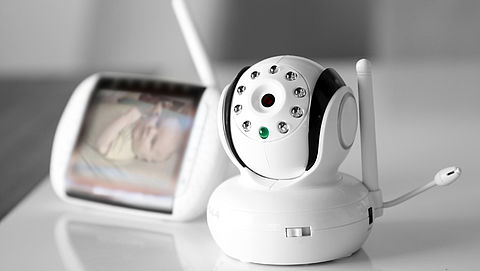 Consumentenbond waarschuwt voor makkelijk te hacken babyfoons