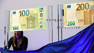 ECB presenteert nieuwe biljetten van 100 en 200 euro