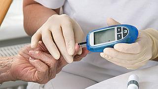 'Betere hulpmiddelen voor patiënten met suikerziekte, incontinentie of een stoma'