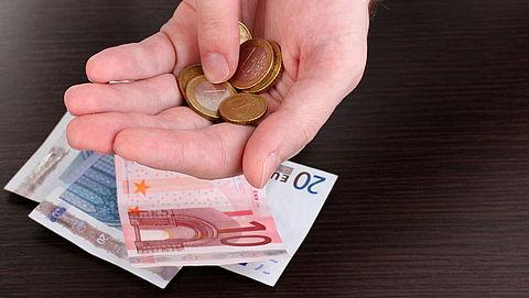 Onkostenvergoeding voor vrijwilligers in bijstand maximaal 150 euro}