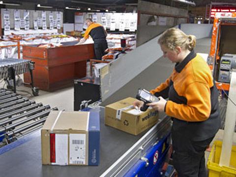PostNL begint test pakketbezorging op zondag}