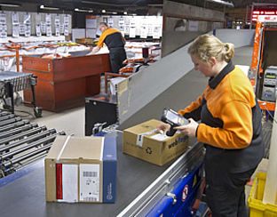 PostNL begint test pakketbezorging op zondag