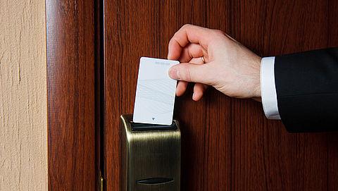 'Sleutelpasjes hotelkamers kinderlijk eenvoudig te hacken'