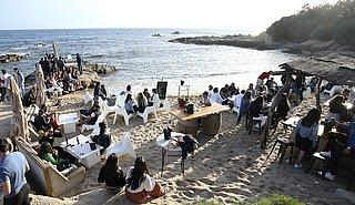 Frankrijk verscherpt coronaregels in toeristische gebieden