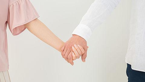 Geregistreerd partnerschap stijgt in populariteit, aantal huwelijken daalt