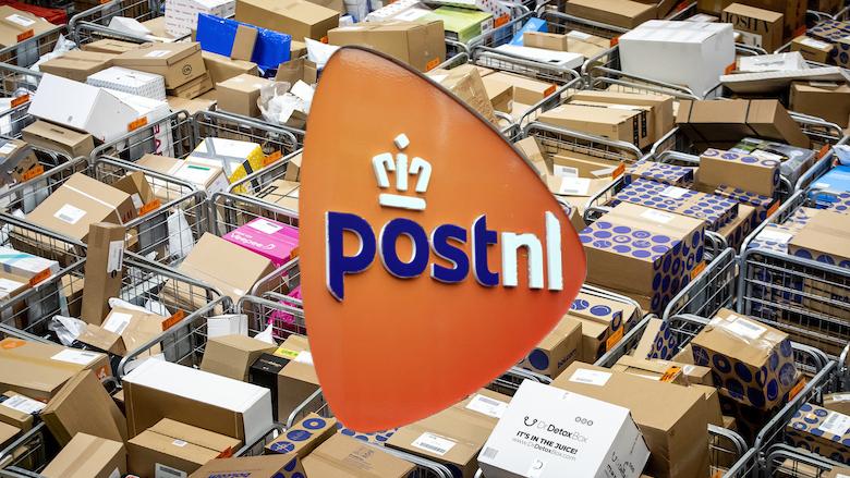 Geen ruimte meer bij PostNL: 'Stuur tot na Sinterklaas geen pakjes retour'