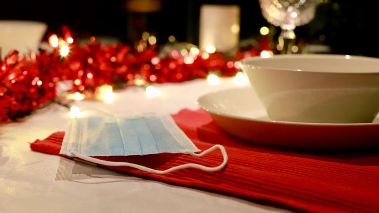 WHO: 'Draag mondkapje tijdens kerstdiner'