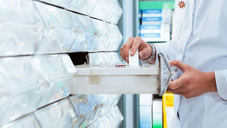 Steeds minder apotheken die zelf medicijnen bereiden