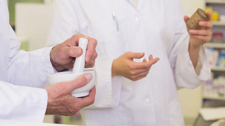 Apotheker gaat medicijn taaislijmziekte zelf maken