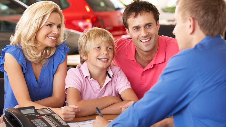 ACM gaat prijsbeleid bij autodealers controleren