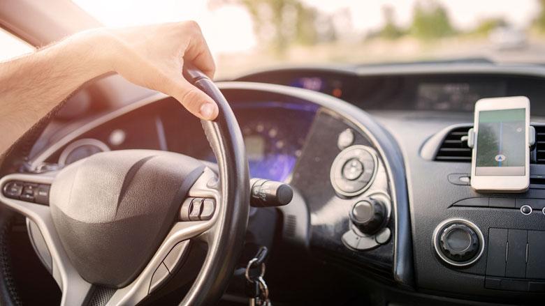 'Elke auto moet verplicht ademslot en begrenzer'