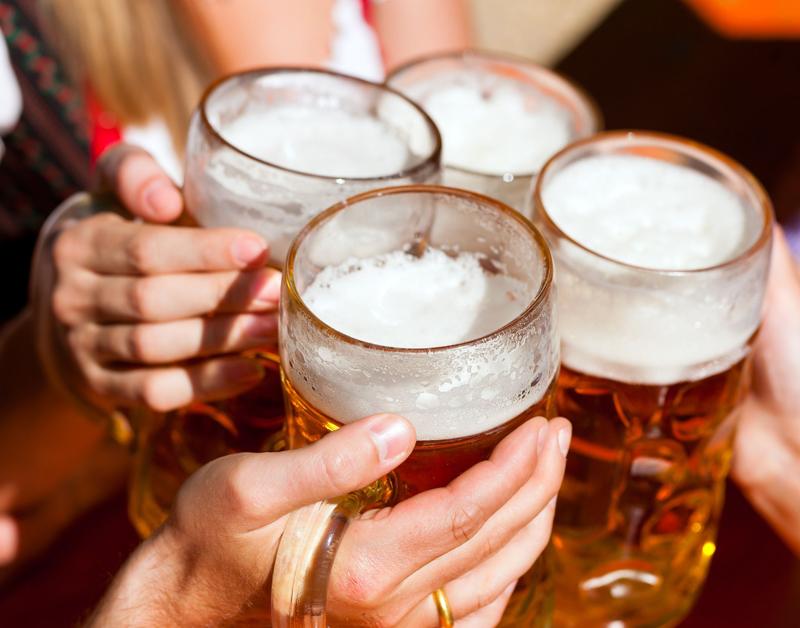 Minder bier voor Duitsers en geen wapens meer via Facebook