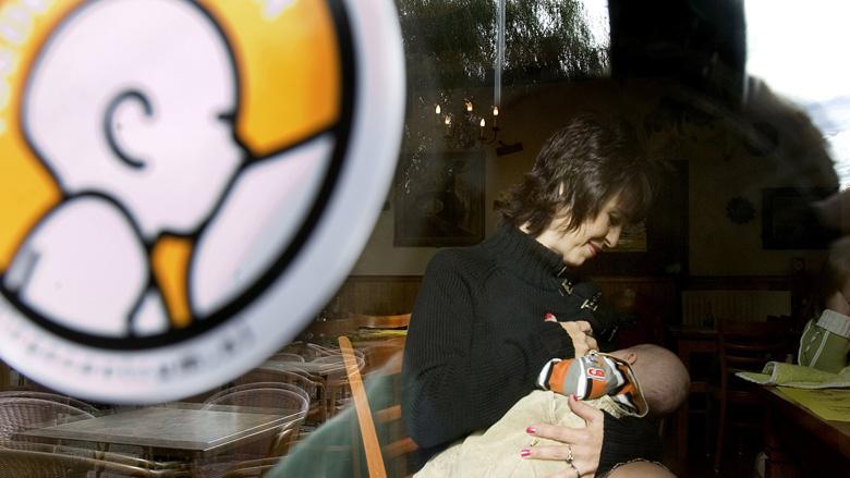 'Borstvoeding in het openbaar is onprettig'