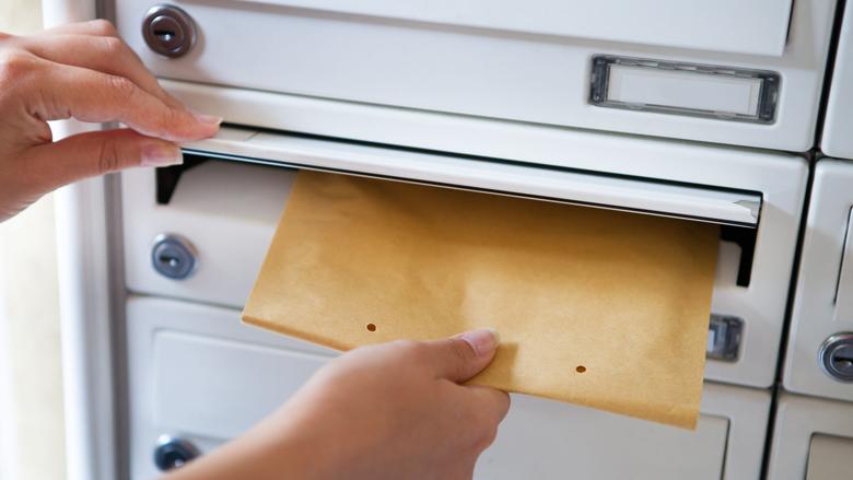 49% verstuurt nog dikwijls kaartje of brief