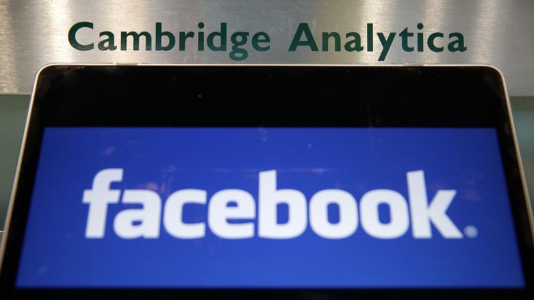 Cambridge Analytica stopt na Facebook-schandaal