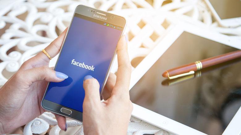 'Tientallen telefoonmakers kregen toegang tot Facebookdata'