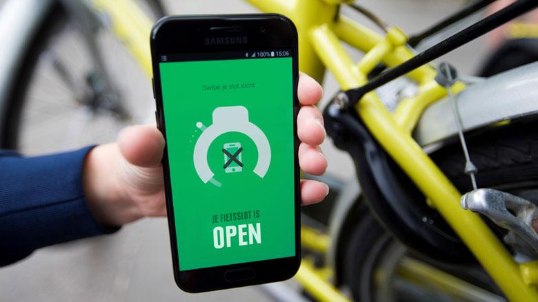 Slim fietsslot blokkeert mobieltje