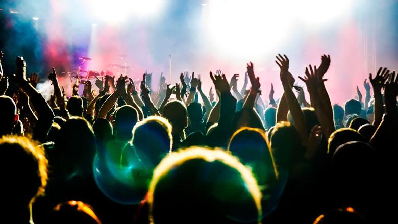Strengere regels bij dancefeest in Amsterdamse cafés en clubs