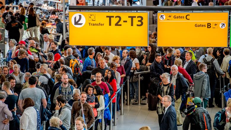 Schiphol verwacht 3 miljoen reizigers in herfstvakantie