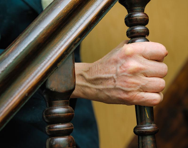 Een derde ouderen woont thuis met beperkingen
