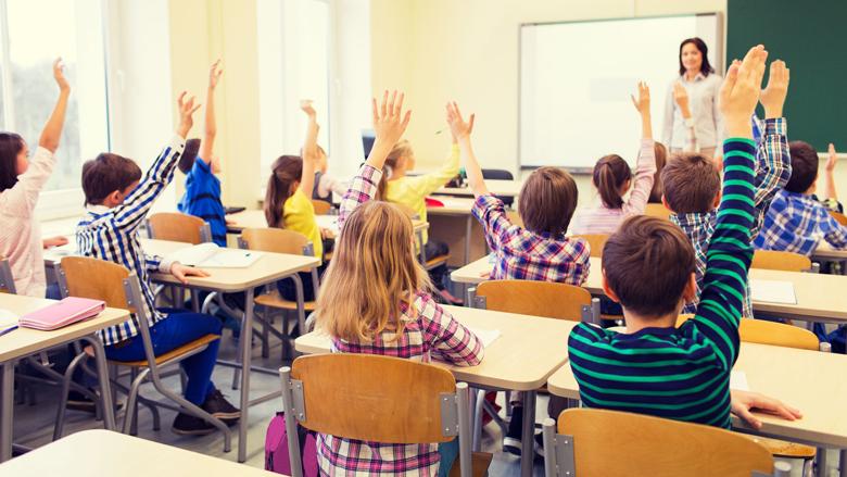'Kinderen leren meer van sociale leerkracht'