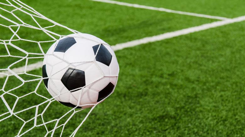Meeste voetbalclubs durven weer op kunstgras te spelen