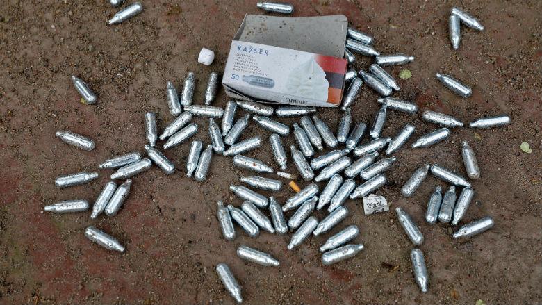 Leveranciers voor rem op verkoop lachgas aan minderjarigen
