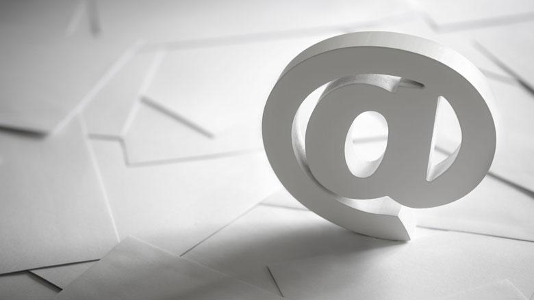 Werkgever moet mailcontrole melden aan werknemer