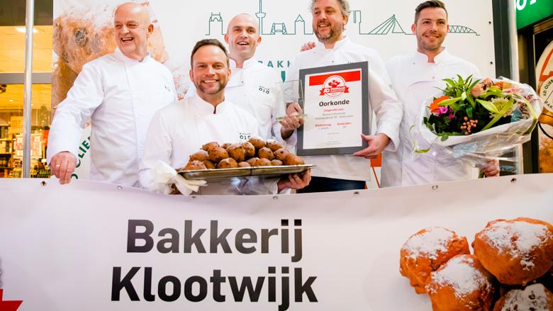 Bakkerij Klootwijk wint AD Oliebollentest