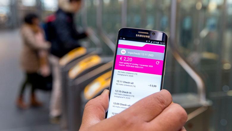 'Inchecken OV met smartphone verloopt waardeloos'