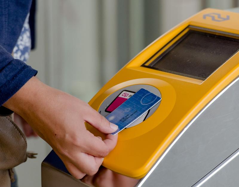 Ruim 77.000 klachten over dure ov-chipkaart