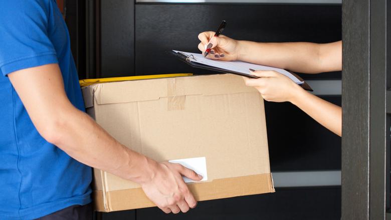 Brussel wil goedkopere pakketbezorging in EU