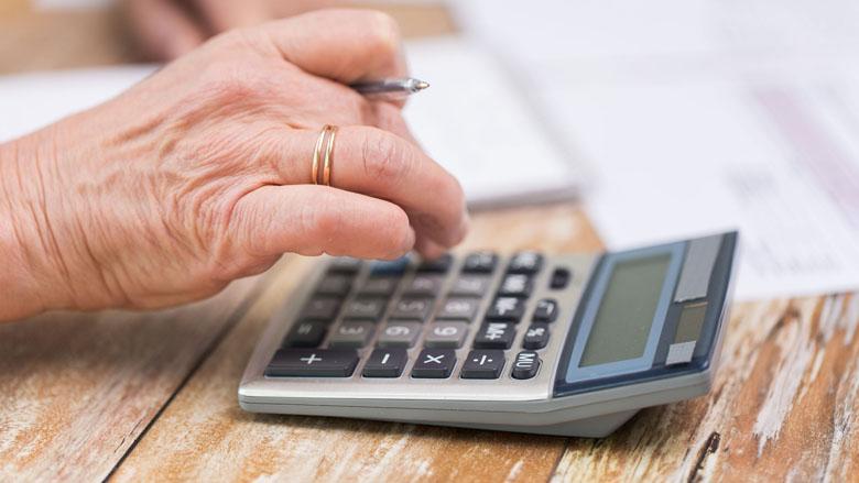 'Compenseer pensioenpijn bij arme ouderen'