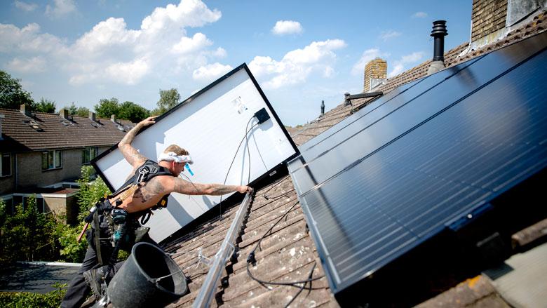 Lezerscolumn: Hoe kunnen we beter profiteren van de gratis zonne-energie?