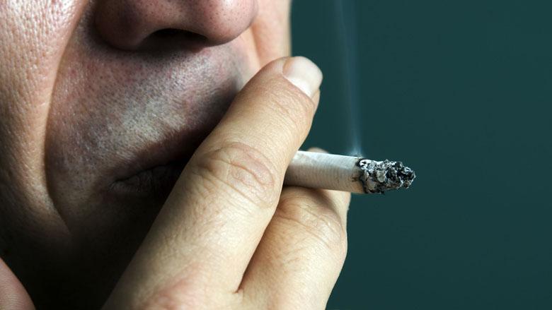 Alleen niet-rokers krijgen in België longmedicijn