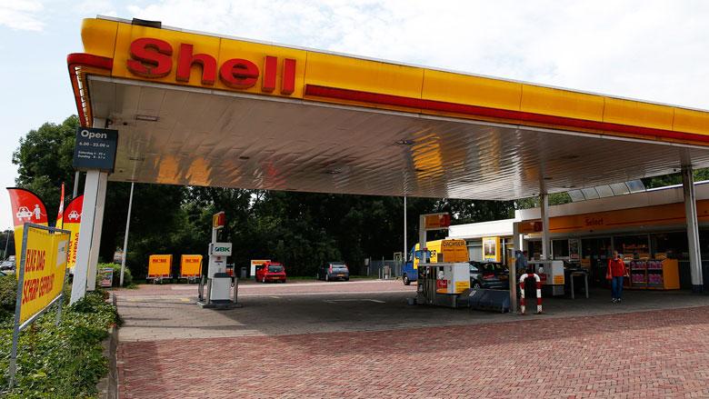 Snelladers voor elektrische auto's straks ook bij tankstations Shell