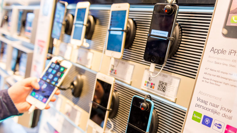 Inkomenstoets bij kopen mobiel op afbetaling