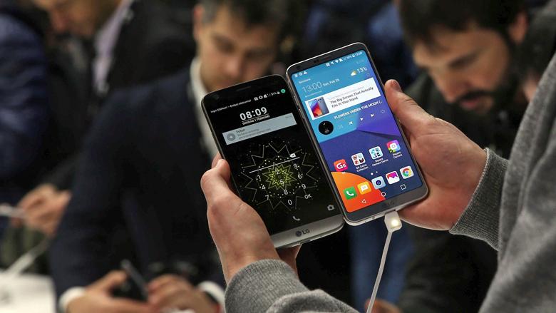 Nog even en je smartphone bestaat alleen nog maar uit een scherm