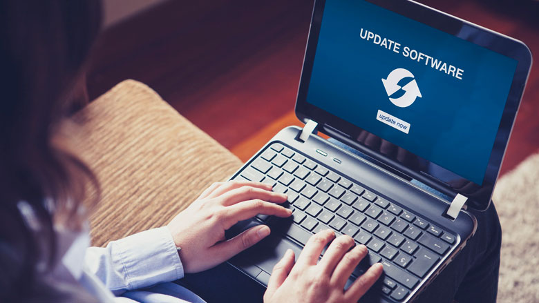 Waarom zijn updates en virusscanners belangrijk voor je online veiligheid?