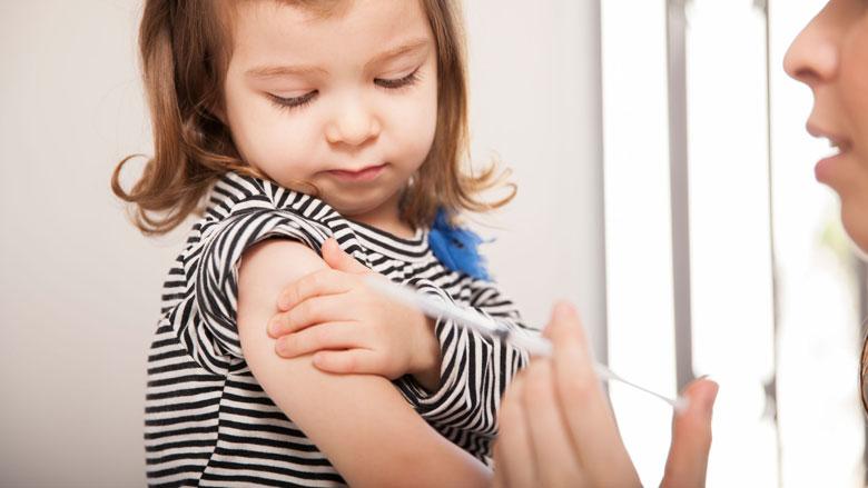 Mogelijk aanpassing vaccinatieprogramma vanwege opkomst meningokokken