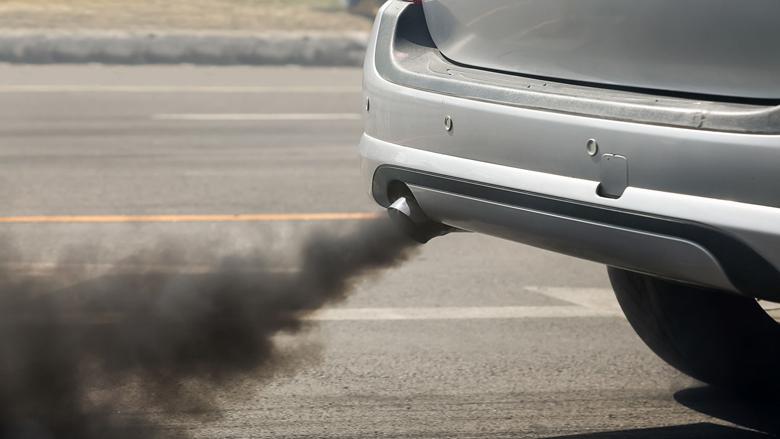 Burgers plaatsen verkeersborden tegen ongezonde lucht