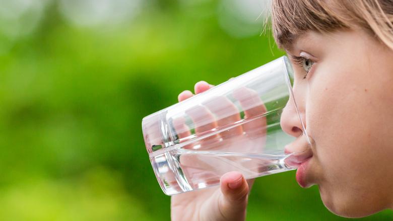 Vitens: 'Wees extra zuinig met water'
