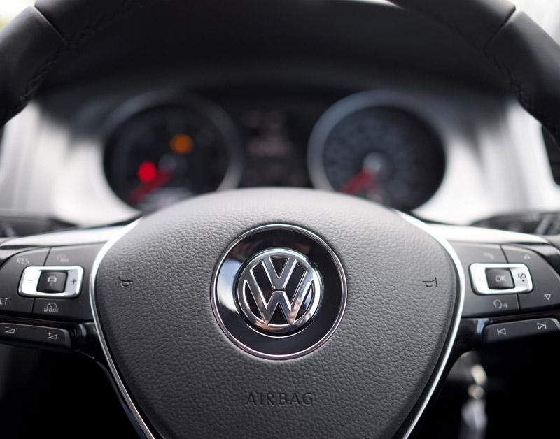 'Volkswagen laat consument te lang onwetend'
