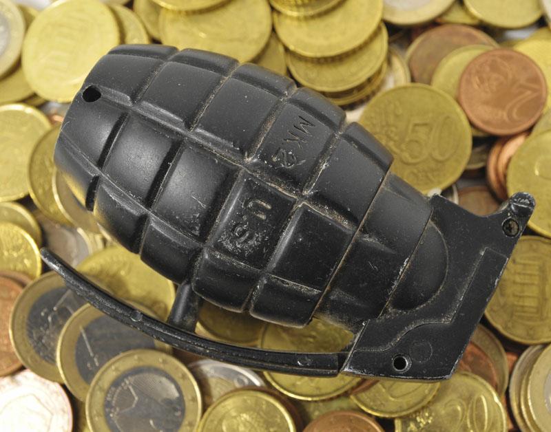 Verzekeraars investeren massaal in wapenhandel