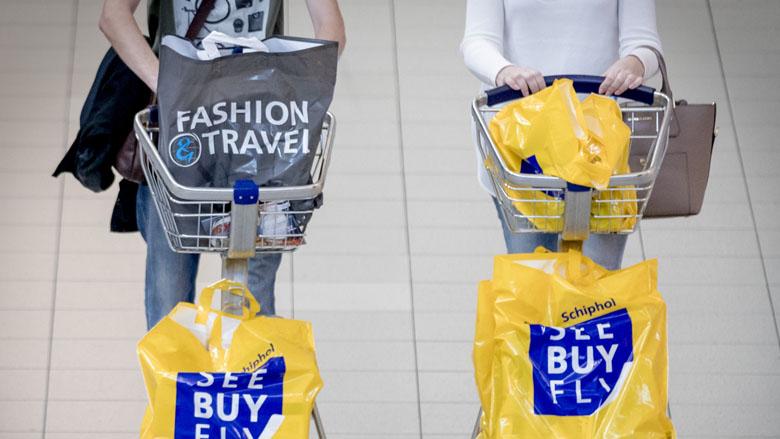 Winkeliers Schiphol informeren niet over invoerkosten
